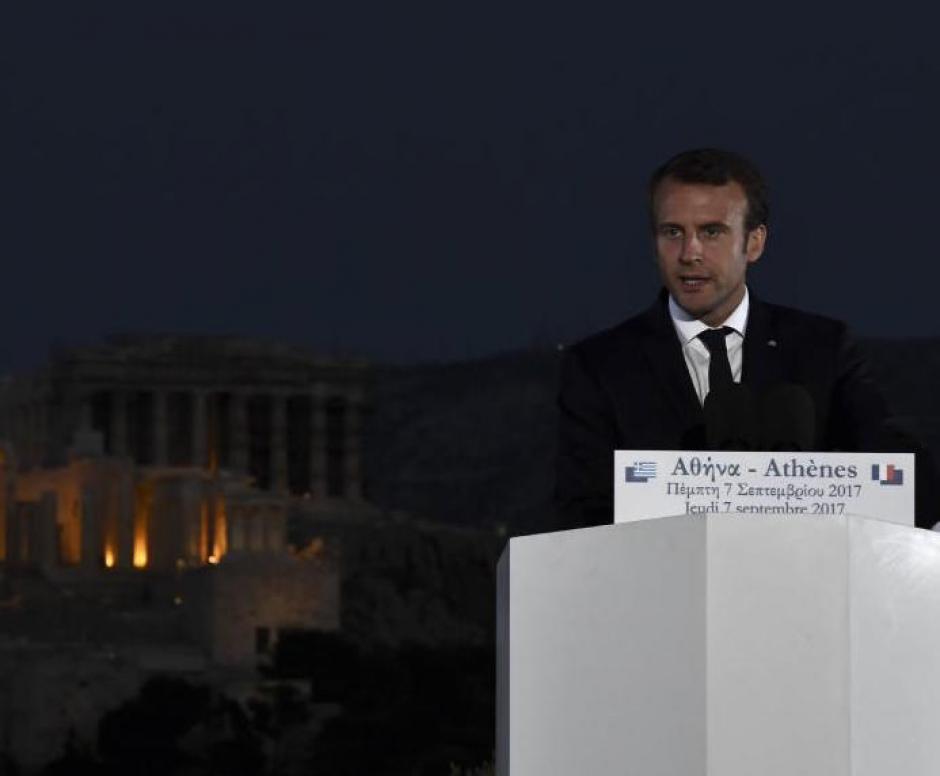 Macron à Athènes : refondation ou lancement d'une nouvelle ligne de maquillage? (Pierre Laurent)